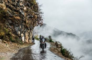 Biking Tour in Sacred Himalaya